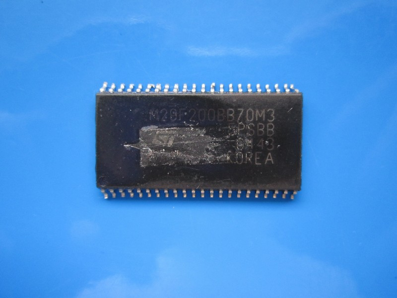 Circuit M29F200BB70M3 SECOND