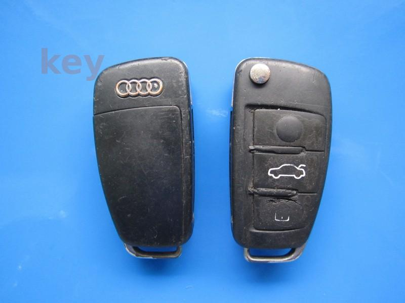 Cheie cu telecomanda Audi A3 3but 8P0837220D 48CAN LOCKED 433 SH