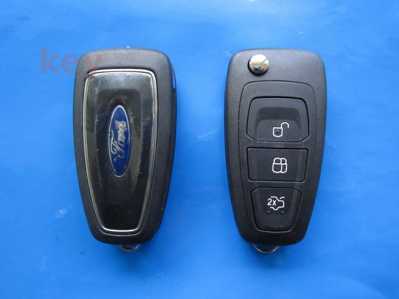 Cheie cu telecomanda Ford 3 butoane briceag Transit 4D-63 433 SH