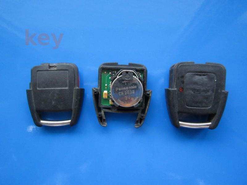 Cheie cu telecomanda Opel 2 but Astra G 433 cu slot negru SH