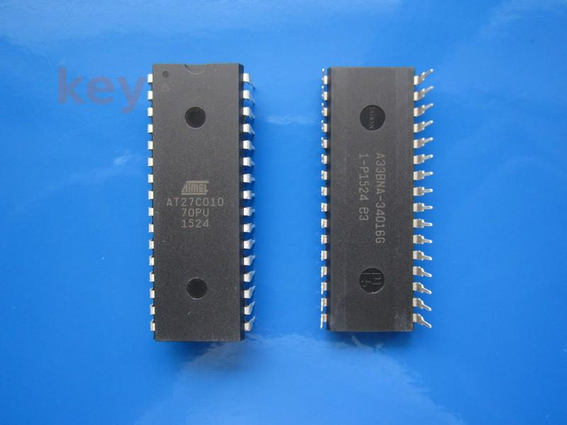 Circuit AT27C010-70PU DIP32