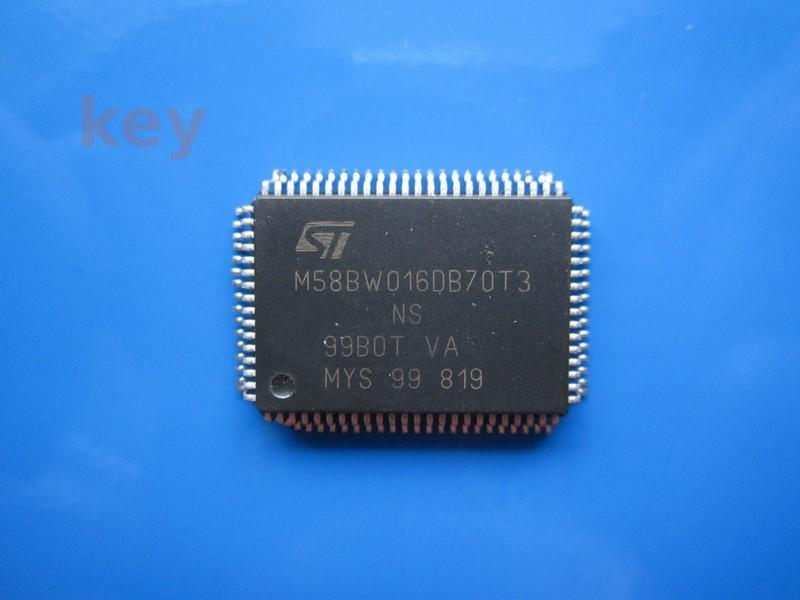 Circuit M58BW016DB70T3 Flash Second